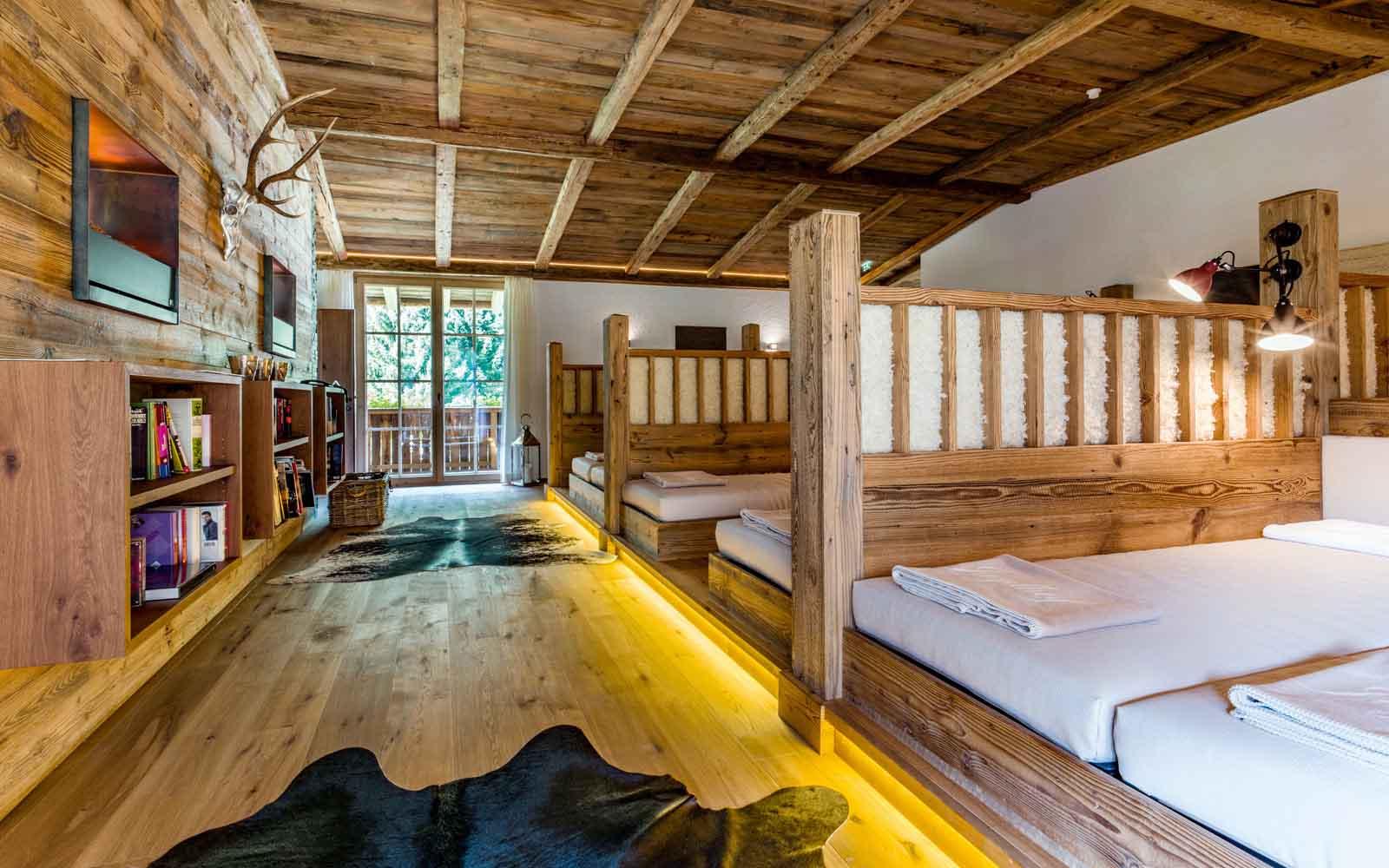 Spa hotel jagdhof neustift tyrol austria niche destinations for Wellness hotel