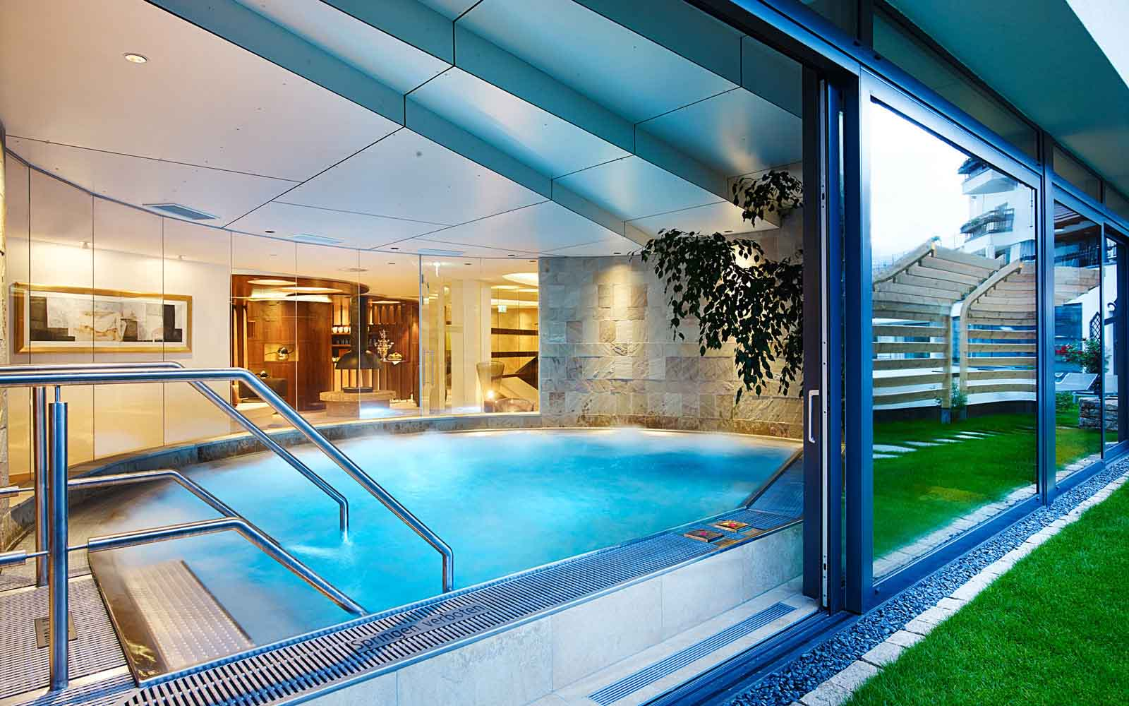 Retreat and relax Schlosshotel Fiss Serfaus Ladis Tyrol Spa Wellness Hotel