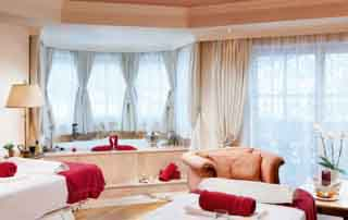 Austrian destination SPA taster break Singer Sporthotel & SPA Berwang Tyrol Austria