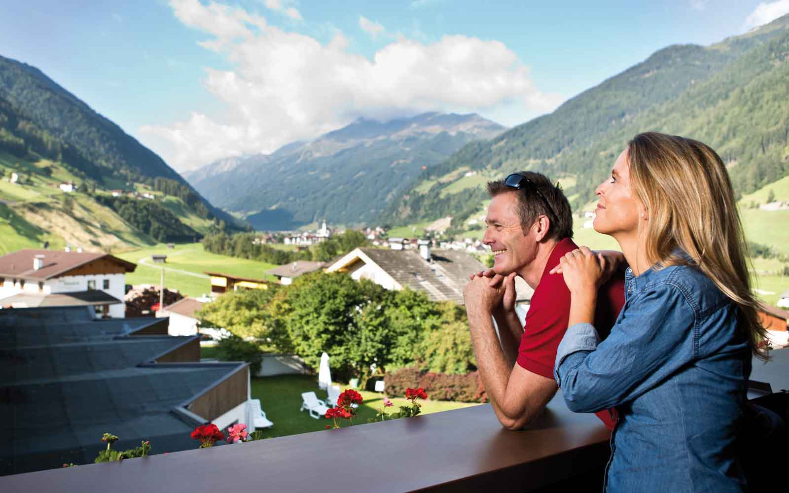 Ausblick Happy Stubai Hotel Hostel Neustift Stubaital