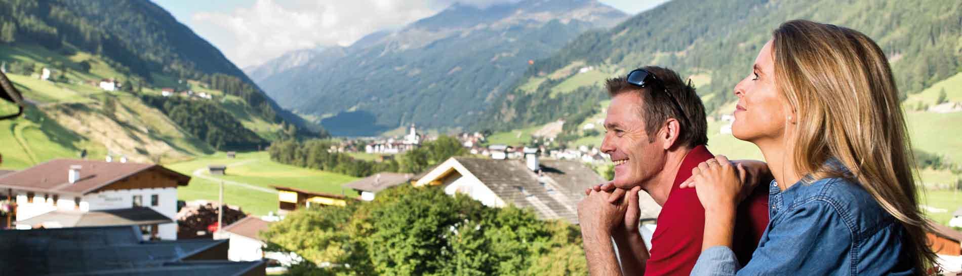 Happy_Stubai_Hotel_Hostel_Neustift_Stubaital_Panorama