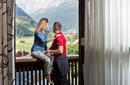 Happy_Stubai_Hotel_Hostel_Neustift_Stubaital_accomodation