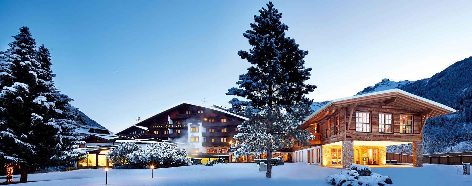 Sparkling Tyrolean Christmas SPA-HOTEL Jagdhof Niche Destinations