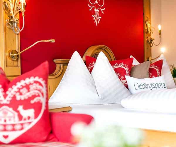 Sporty Advent @Sporthotel Alpenblick Zell am See Salzburg Austria - Niche Destinations