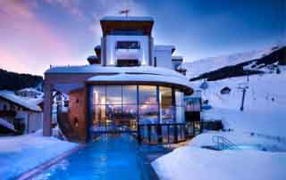 niche destinations 5-Star Schlosshotel Fiss Serfaus-Fiss-Ladis Tyrol Austria 4-night short break