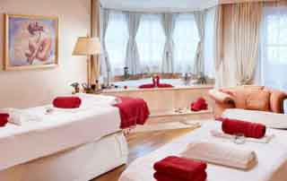 niche destinations Singer Sporthotel SPA 4-Star-Superior Berwang Austria Tyrol Golden Autumn wellness holiday