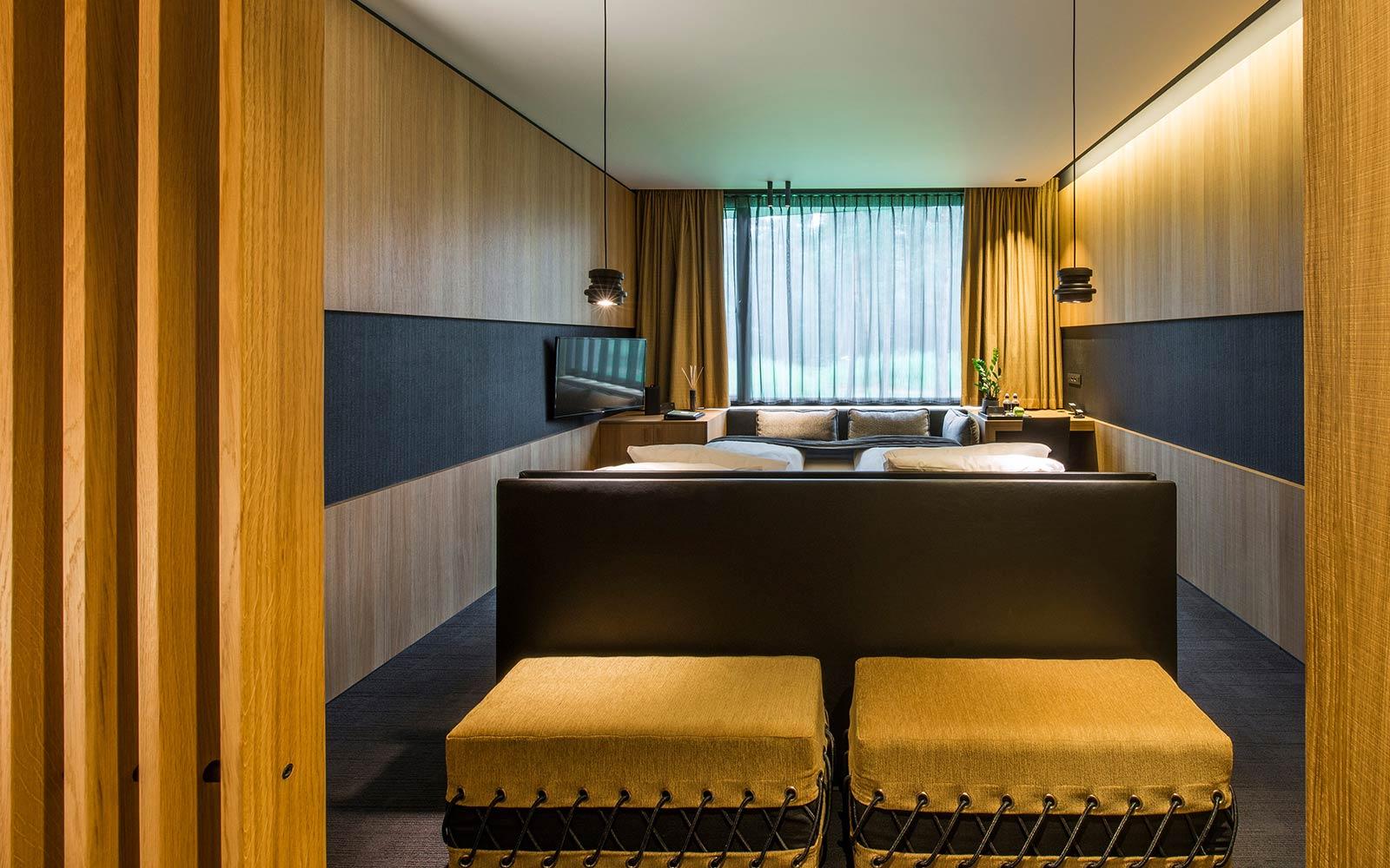 5 star superior Hotel La Butte aux Bois accommodation