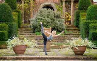 Jagdhof Neustift Stubai valley Tyrol Yoga nutrition retreat Julie Montagu
