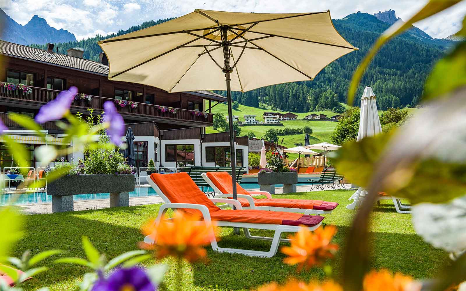 Garten Happy Stubai Hotel Hostel Neustift Stubaital