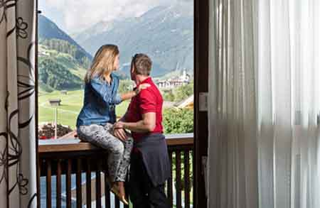 Happy_Stubai_Hotel_Hostel_Neustift_Stubaital_accomodation
