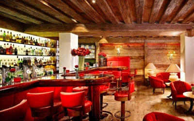 New Year ski deal - Niche Destinations 4-star-superior hotel GROSSARLER HOF American bar