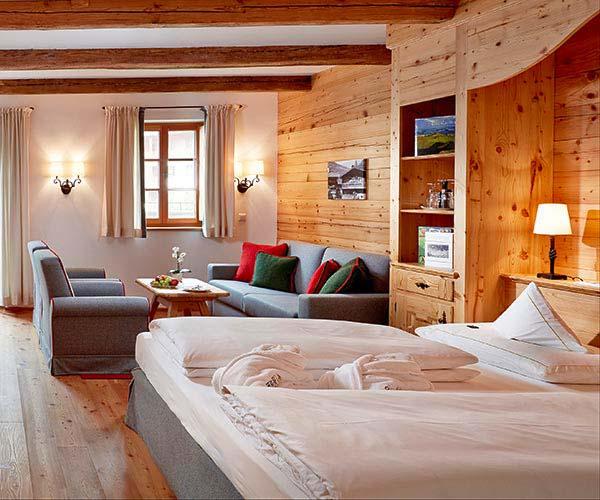 New Year ski deal - Niche Destinations 4-star-superior hotel GROSSARLER HOF double room superior