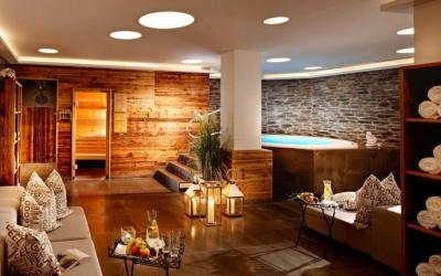 New Year ski deal - Niche Destinations 4-star-superior hotel GROSSARLER HOF spa jacuzzi sauna