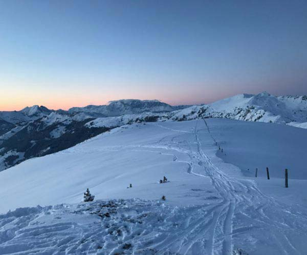Ski touring holiday - Niche Destinations 4-star-superior hotel GROSSARLER HOF ski piste sunrise