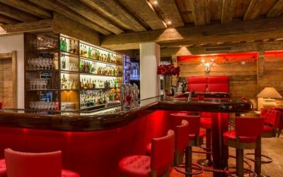 hotel and dinner deal - Niche Destinations 4-star-superior hotel GROSSARLER HOF American bar