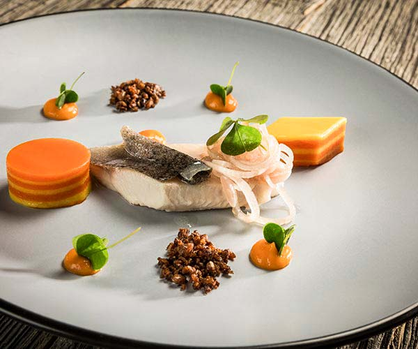 hotel and dinner deal - Niche Destinations 4-star-superior hotel GROSSARLER HOF food
