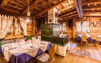 hotel and dinner deal - Niche Destinations 4-star-superior hotel GROSSARLER HOF restaurant
