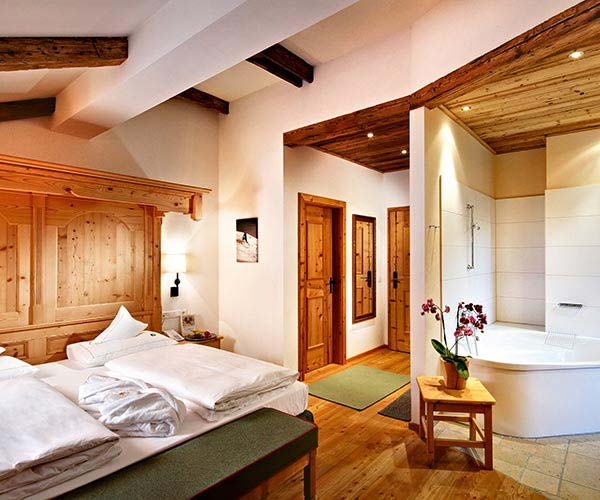 ski & wine holiday - Niche Destinations 4-star-superior hotel GROSSARLER HOF room details