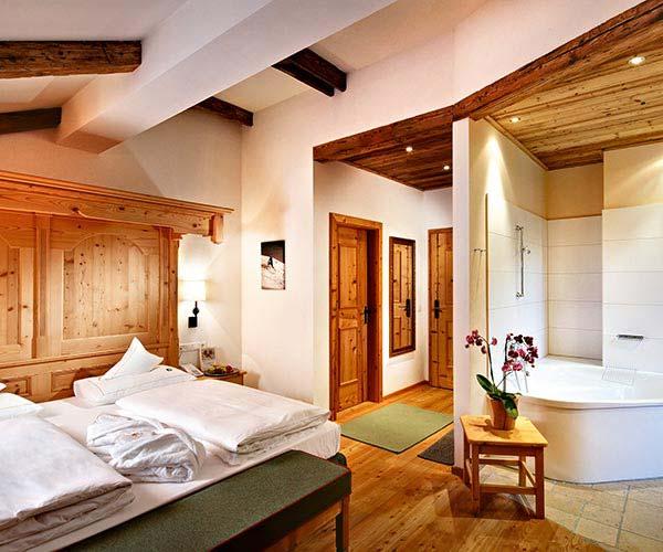 ski & wine holiday - Niche Destinations 4-star-superior hotel GROSSARLER HOF room details