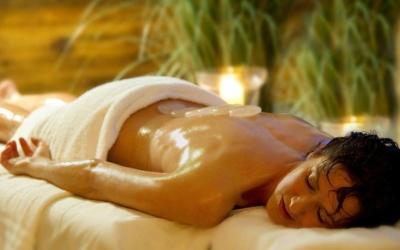 Easter skiing - Niche Destinations 4-star-superior hotel GROSSARLER HOF spa massage