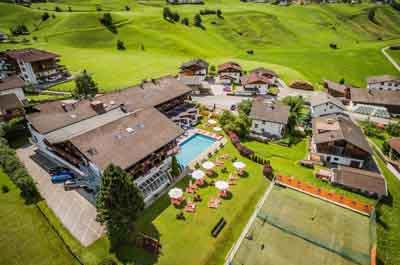Happy Superdeal 4=3 at the Happy Stubai in Neustift Stubai Valley Tyrol Austria