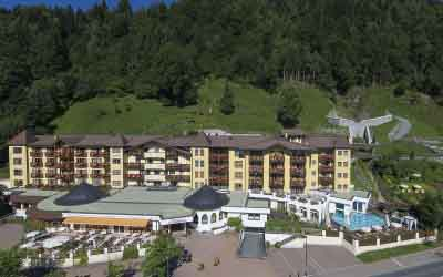 Hiking holiday in the SalzburgerLand Sporthotel Alpenblick Zell am See Austria