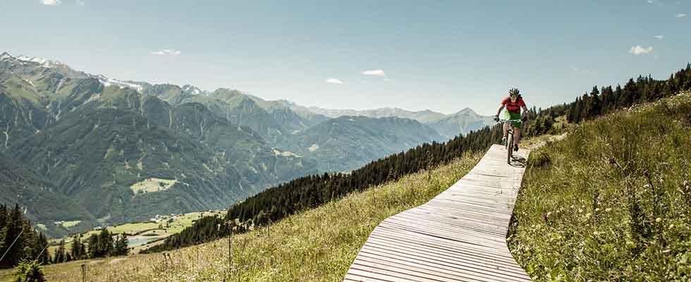 Schlosshotel-Fiss_5-Sterne-Sommer-im-Schlosshotel-Fiss_Tirol-Oesterreich