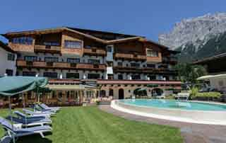 Romantic holiday bliss times two @Hotel Tirolerhof 4 Stars Ehrwald Zugspitz Arena Tyrol Austria