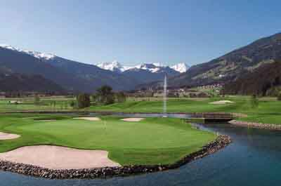 Golfing at HUBER'S @HUBERS-Boutiquehotel Mayrhofen Zillertal Alps Tyrol Austria