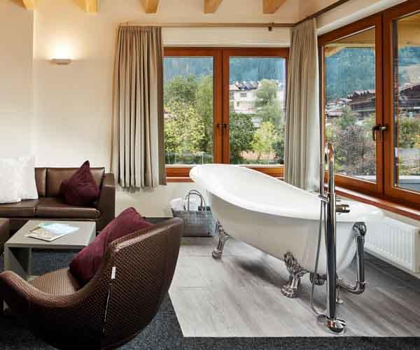 Golfing at HUBER'S @HUBERS-Boutiquehotel Mayrhofen Zillertal Alps Tyrol Austria