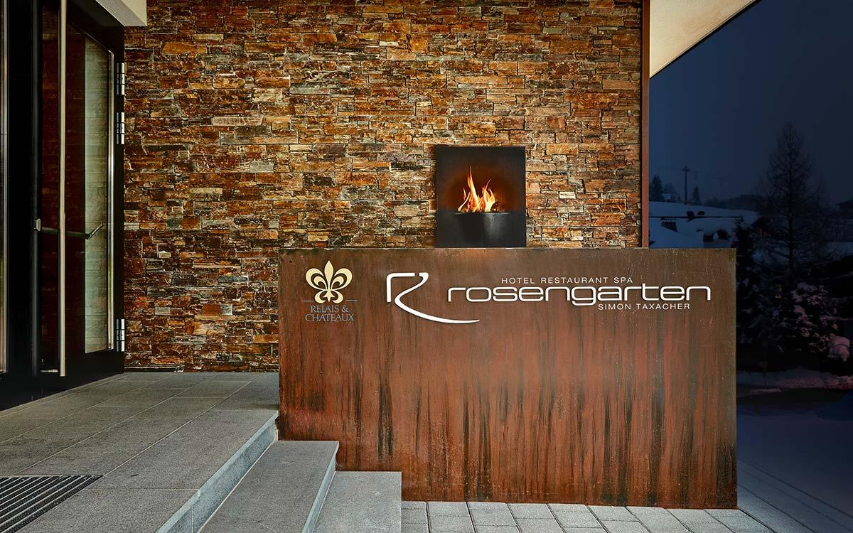 Advent experience 5-star gourmet Hotel Rosengarten Hotel entrance
