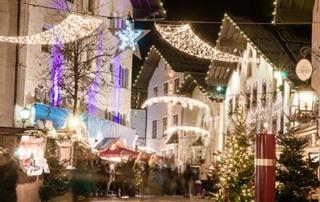 Advent experience 5-star gourmet Hotel Rosengarten christmas market