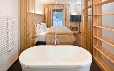 Christmas Getaway Hotel Rosenharten Kirchberg Tirol Bathroom Suite de luxe Alba