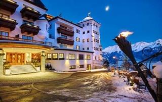 Christmas ski holidays in Tyrol at the 5-star Schlosshotel Fiss in Serfaus-Fiss-Ladis Tyrol Austria Das Hotel