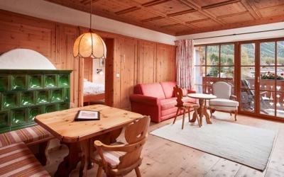 Family ski holiday in Ehrwald at the 4-star Tirolerhof Zugspitzarena Tirol Austria Zirben Room