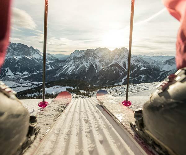 Skiing in december Familienhotel_TIROLERHOF_4-Sterne_Ehrwald_Zugspitzarena_Tirol_Austria_Region_Winter_Ski