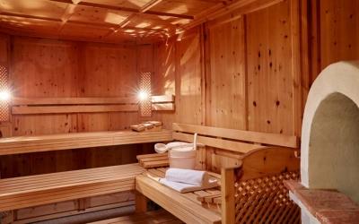 Skiing in december Familienhotel_TIROLERHOF_4-Sterne_Ehrwald_Zugspitzarena_Tirol_Austria_Wellness