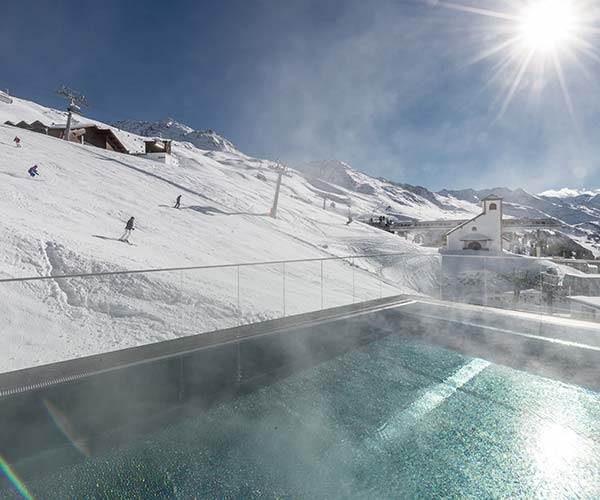 ski and spa TOP Hotel Hochgurgl Skiresort Hochgurgl Obergurgl Gurgl outdoor Pool SPA
