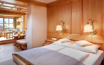apres-ski Schlager Open Air Family Hotel Tirolerhof Ehrwald Zugspitzarena Tyrol Austria Family Suite