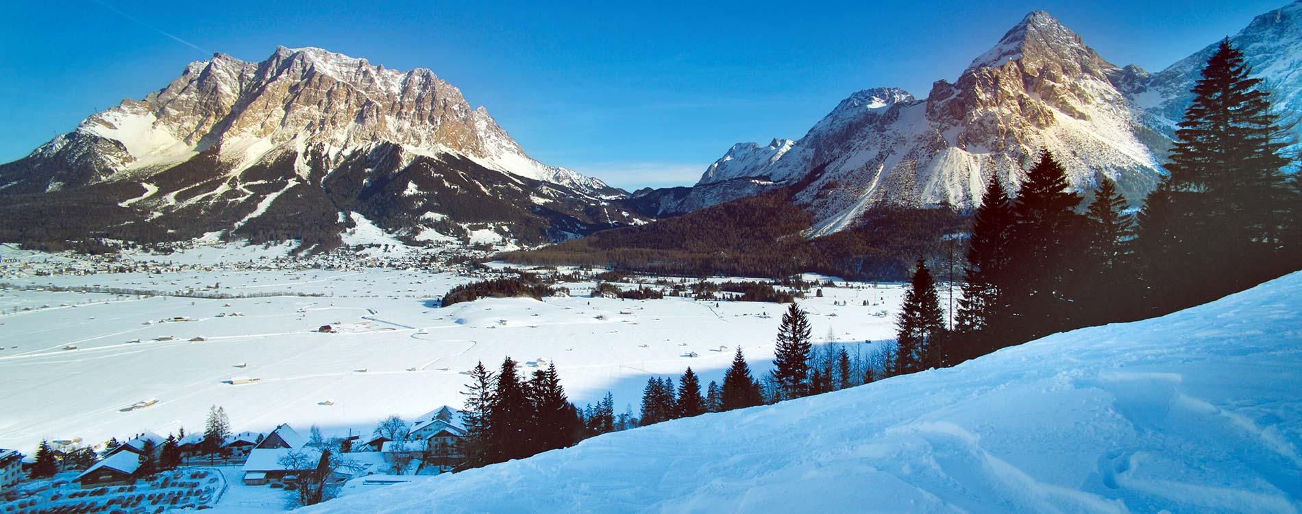 apres-ski Schlager Open Air Family Hotel Tirolerhof Ehrwald Zugspitzarena Tyrol Austria Ski Holidays