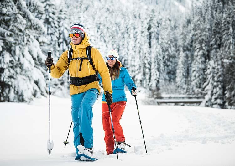 Winter holiday SPA-HOTEL Jagdhof Neustift Tyrol snowshoeing