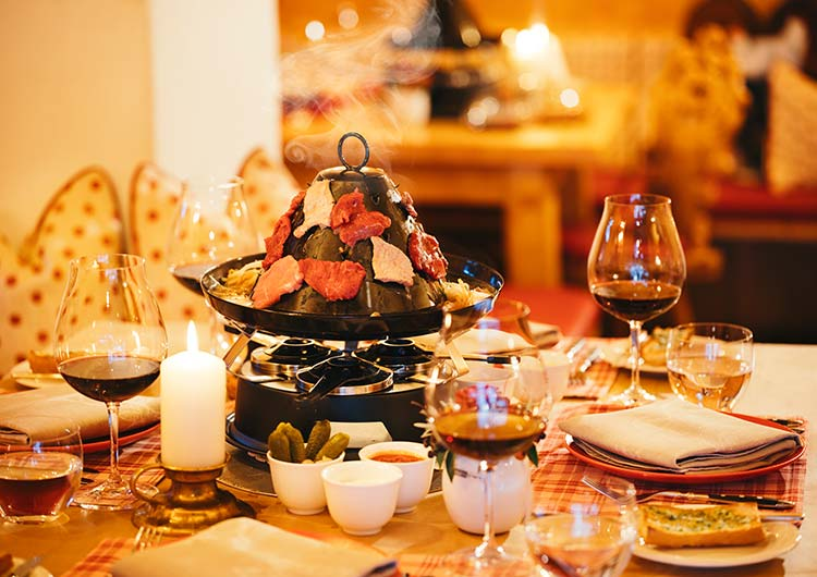 Winter holiday SPA-HOTEL Jagdhof Neustift Tyrol hot-hat dining