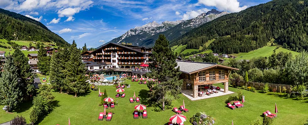 Malkurs Aquarell Acryl mit Lucia Riccelli im SPA-HOTEL Jagdhof in Tirol (9)