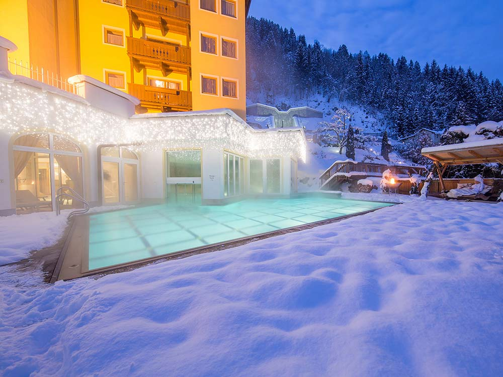 4 star Sporthotel Alpenblick Zell am See pool