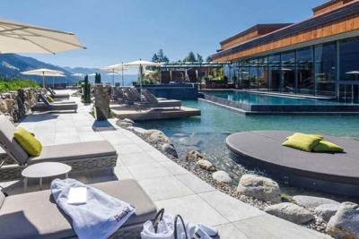 4 star superior Hotel Plunhof holidays Italy