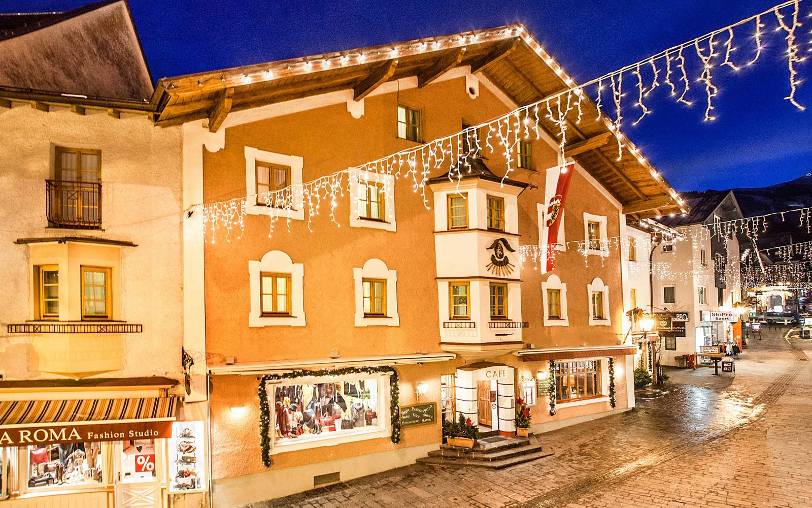 Cella Central Historic Boutique Hotel press information