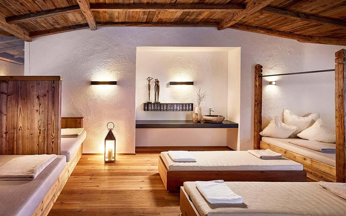 5 star wellnesshotel Tyrol spa chalet relaxation rooms