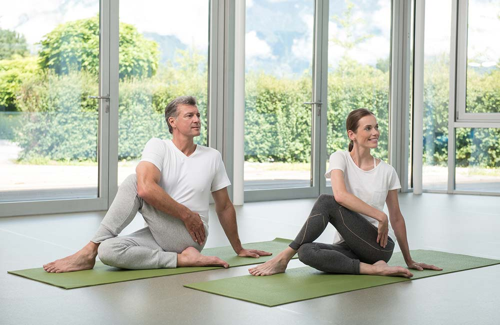 Core exercises at Park Igls for back pain relief