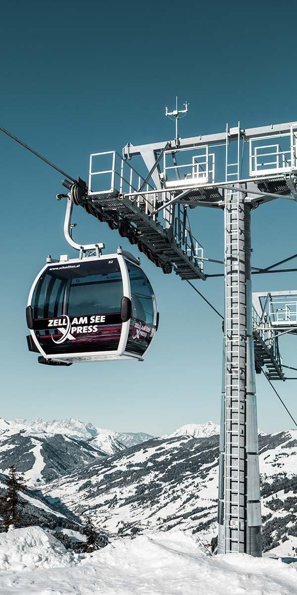 Family skiing Zell am See Kaprun SalzburgerLand